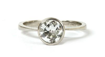 Lot 107 - An 18ct white gold single stone diamond ring