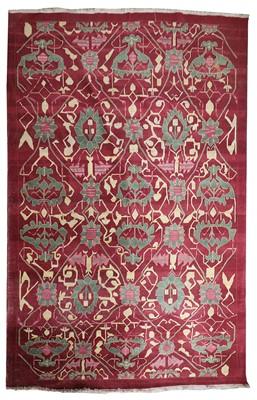 Lot 43 - A carpet