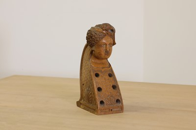 Lot 422 - A carved wooden hurdy-gurdy stock head