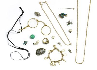 Lot 23 - A quantity of jewellery