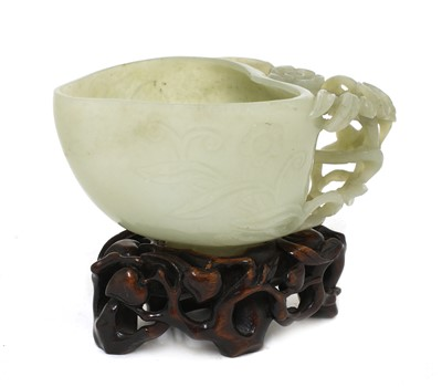 Lot 81 - A Chinese jade cup
