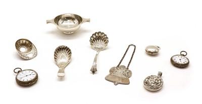 Lot 47 - A silver reproduction jockey cap caddy spoon