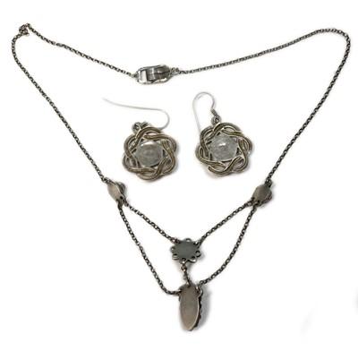 Lot 36 - A Birmingham school Arts & Crafts silver cornelian swag necklace