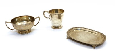 Lot 88 - A group of silver items