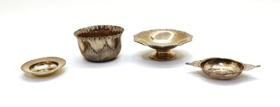 Lot 39 - A collection of silver items