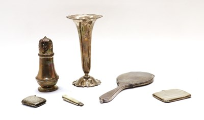 Lot 78 - A collection of silver items