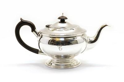 Lot 38 - A silver teapot