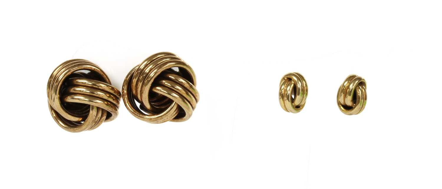 Lot 87 - A pair of large 9ct gold knot earrings