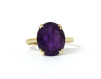 Lot 158 - A 9ct gold single stone amethyst ring