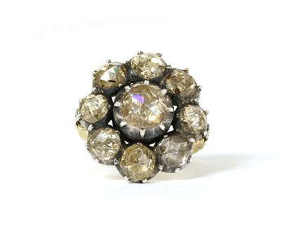 Lot 104 - A Continental rose cut diamond cluster ring