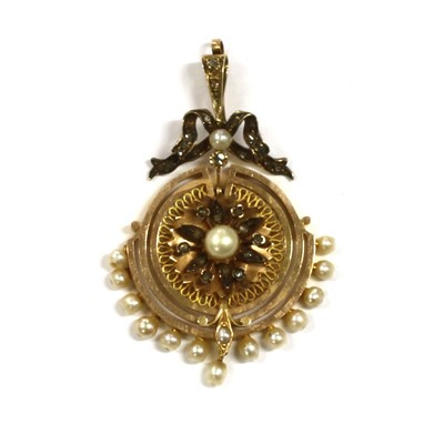 Lot 15 - A Continental gold pearl and diamond pendant