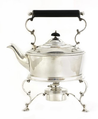 Lot 500 - An Edwardian silver kettle, stand and burner