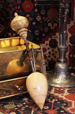 Lot 131 - A Mughal ivory hookah pipe