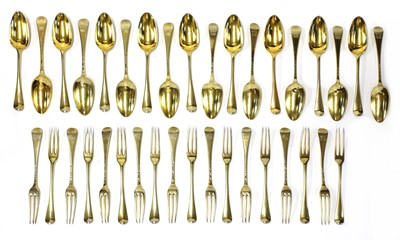 Lot 502 - A set of George II silver-gilt dessert cutlery