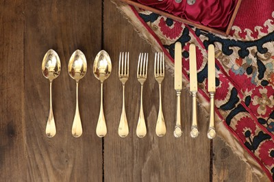 Lot 511 - A cased canteen of French silver gilt dessert cutlery