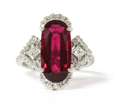 Lot 116 - A white gold rubellite tourmaline and diamond ring