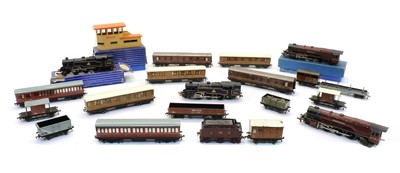 Lot 60 - A quantity of Hornby rolling stock, buildings and track