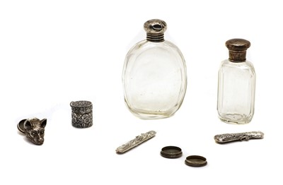 Lot 19 - A collection of silver snuff boxes