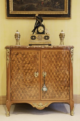 Lot 55 - A Royal French Louis XV kingwood, tulipwood, sycamore and parquetry inlaid meuble d'entrée