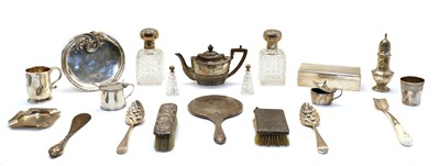 Lot 62 - Mixed silver items