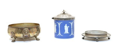 Lot 16 - A blue and white jasperware and silver plated biscuit barrel