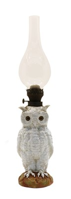 Lot 89 - A late 19th/early 20th century continental white porcelain owl oil lamp