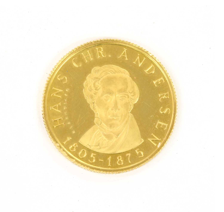 Lot 88 - A Danish gold commemorative medal