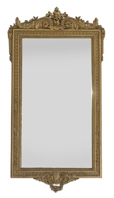 Lot 445 - A large carved giltwood pier mirror