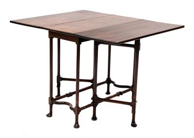Lot 431 - A mahogany drop-leaf spider leg table