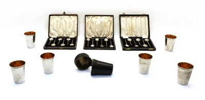 Lot 43 - Silver and plated wares: Cased silver and plated coffee spoons