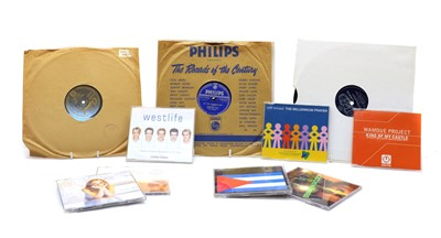 Lot 100A - An extensive collection of all the number 1 singles from 1952 to 2006