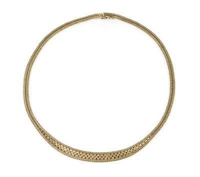 Lot 1059 - A 9ct gold necklace