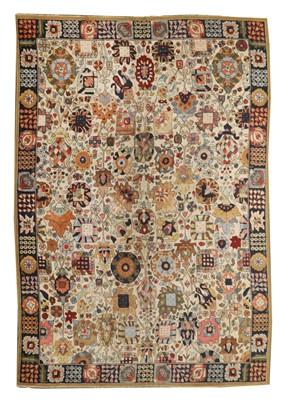 Lot 457 - A European wool hook rug
