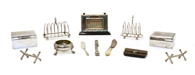 Lot 32 - Silver items