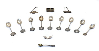 Lot 27 - Silver items