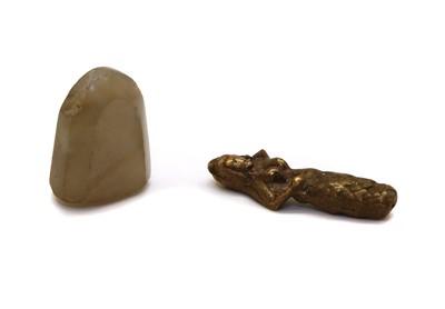 Lot 61 - A hardstone intaglio seal