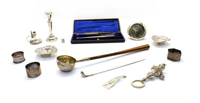 Lot 45 - A collection of silver items