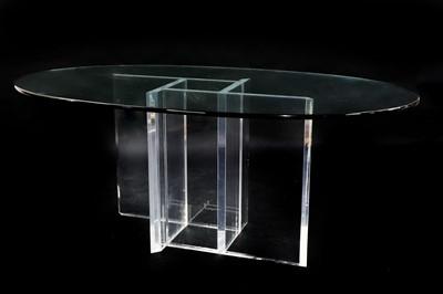 Lot 455 - A Lucite centre table