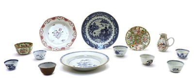Lot 109 - A collection of Chinese porcelain