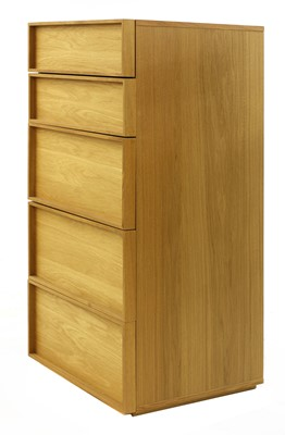 Lot 492 - A contemporary Heal's oak upright chest