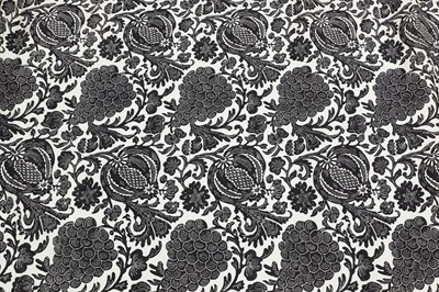 Lot 14 - A pair of black and white lined and interlined curtains