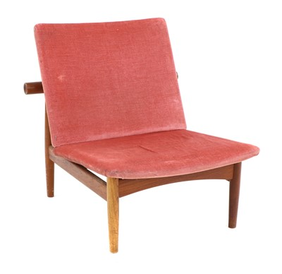 Lot A 'Japan' teak lounge chair