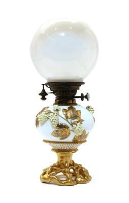 Lot 108 - An aesthetic period porcelain oil lamp