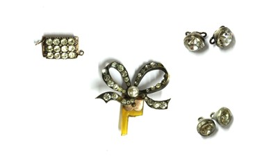 Lot 1019 - A quantity of Georgian and later paste jewellery