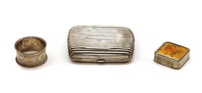 Lot 22 - A Victorian silver cigarette case with reeded decoration