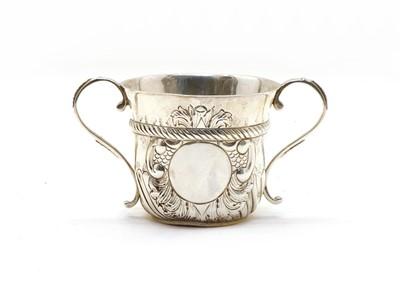 Lot 41 - A William and Mary style Britannia silver porringer