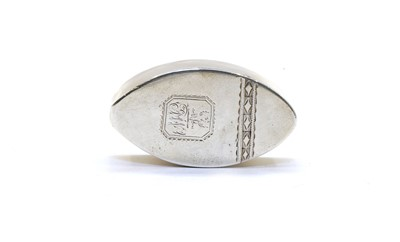 Lot 37 - A George III Irish silver snuff box
