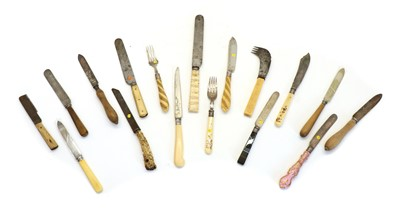 Lot 79 - Various items of cutlery