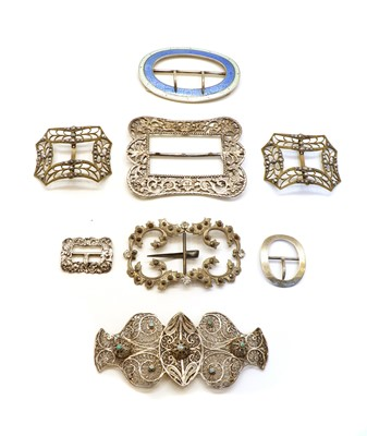 Lot 9 - A collection of buckles