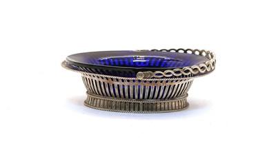 Lot 63 - A George II silver sweetmeat or bon bon dish